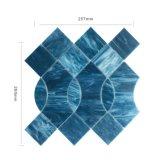 Diversas hojas del mosaico del vidrio manchado del azulejo de la pared del cuarto de baño de las tallas de la aduana