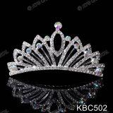 結婚式のページェントのための2018新しいハンドメイドの花嫁の水晶Headwearの水晶王冠