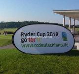 印を広告する楕円形の屋外スポーツによっては旗が現れ、縦Telescopicsの折るフレームはゴルフを飛び出る楕円形を飛び出る旗の豆の旗の立場をぽんと鳴らす