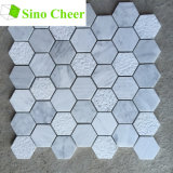 Плитка шестиугольника Carrara мозаики пола мраморный белая