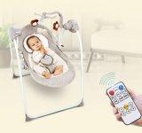 2017卸し売り新しいデザイン赤ん坊の振動ベッドの赤ん坊の自動受け台の振動