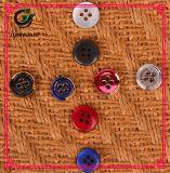 Цветастое вспомогательное оборудование одежды кнопки рубашки смолаы 4holes