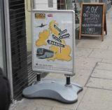 Рекламирующ запас рекламируя стойку индикации - Standee шипучки или доска ткани афиши