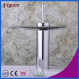 Taraud de mélangeur simple de l'eau de robinet de bassin de salle de bains de traitement de jet large en forme d'hélice de Crative de cascade à écriture ligne par ligne de Fyeer