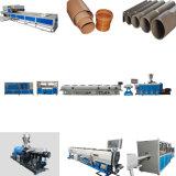 Quatro tomadas de PVC da linha de produção do Tubo