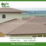 A telha de telhado de aço com microplaquetas de pedra revestiu (a telha de madeira)