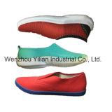 PVC単一カラー布は機械価格を作るスポーツの靴に蹄鉄を打つ