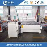 Модельная машина маршрутизатора CNC древесины 1325 на сбывании