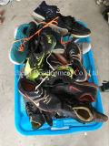 Verwendete Schuhe, die zweite verwendete Hand bereift en gros in China