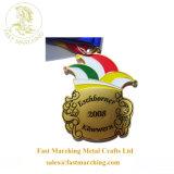 カスタマイズされた工場謝肉祭の記念品賞の実行はダイカストの金属メダルを