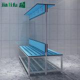 コンパクトの積層物のパネルが付いている長い椅子