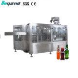 Bouteille PET boisson gazéifiée Vodoka liquide de lavage de l'eau de boisson gazeuse plafonnement de la machine de remplissage