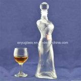 Fancy mujer cuerpo forma botellas de vidrio con calcomanía para el licor