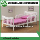 固体マツ木幼児のベッド(W-B-0039)