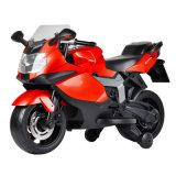 Езда на мотовелосипеде E-Самоката малышей колес силы батареи 2 игрушек