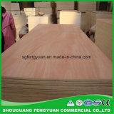 Contre-plaqué commercial utilisé pour les meubles et l'emballage