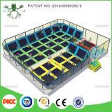Factory PriceのXiaofeixia Kids Trampoline Jumping Bed