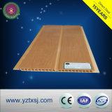 Plafond stratifié de PVC de panneau avec une cannelure