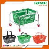 Cestino di mano di plastica di acquisto del supermercato