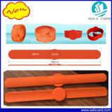 Bracelets de silicones d'IDENTIFICATION RF de claque avec les brides du filtre bistables flexibles d'acier inoxydable