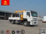 Sinotruk 4X2 3トンのトラックによって取付けられるまっすぐなアームクレーン