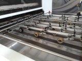 Halbautomatische Flachbetthochgeschwindigkeitspappstempelschneidene und faltende Papiermaschine