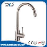 Robinet simple de traitement de mélangeur de bassin d'acier inoxydable de robinet de bassin de salle de bains