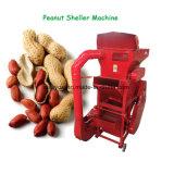 機械を殻から取り出す地上ナットDehullerに皮をむくピーナツ殻をむく人の除去剤