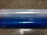 Растянутый голубой пленки