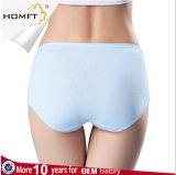 Sous-vêtements confortables de 2017 de vente en gros de lacet de modèle de jeunes filles culottes de dames