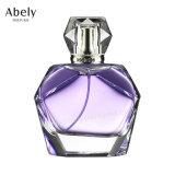 Polissage du verre bouteille de parfum avec Parfum Original
