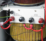 Тип регулятор трехфазного пола стоящий индикации метра автоматический/стабилизатор