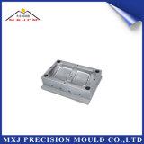 Moldeo a presión plástico de la precisión de encargo para la pieza del conector del automóvil