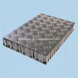 足場または床のためのスリップ防止FRPの蜜蜂の巣のパネル