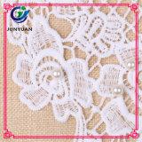 Collo floreale del collare del merletto del Crochet del Neckline bianco di Dyeable