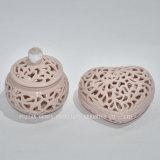 Figura con il contenitore di monili del coperchio/di ceramica fuori scavati