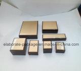 Caixa de madeira de madeira de acabamento de piano Caixa de madeira artesanal decorativa de alta qualidade