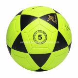 黄色いサイズ5 4 3大きさによって空気を抜かれるフットボールの卸売