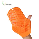 Trois gants facultatifs de rouleau-masseur de couleurs pour le régime de corps