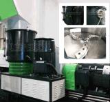 Einzelner Schraubenzieher, der Maschine in schäumenden Plastikgranulierer-Maschinen aufbereitet