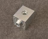 Las piezas que trabajan a máquina del CNC de la aleación de aluminio con la anodización de plata, aduana hacen