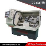 CNC Ck6136A-1 di Fanuc di fabbricazione il servo lavora la macchina al tornio per il taglio di metalli