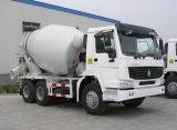 HOWOの具体的なミキサーのトラックの具体的なポンプトラック