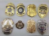 주문 고품질 연약한 사기질 금속 금 은 경찰은 명찰을 단다
