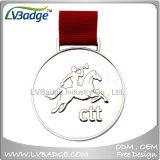 Poco costosi professionali progettano la medaglia per il cliente di sport del metallo