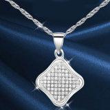 方法宝石類925の純銀製の正方形の吊り下げ式の銀製のネックレス