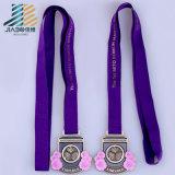 Самое лучшее медаль Triathlon бронзы Antique высокого качества надувательства с тесемкой