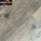Hölzerner Korn Belüftung-Vinylbodenbelag-Fliesen Kurbelgehäuse-Belüftung Dy rückseitiger Belüftung-Kleber unten (2mm, 2.5mm, 3mm)