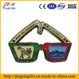 Insigne personnalisé en métal de forme en verre de qualité
