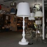 Lámpara de suelo grande de la resina blanca decorativa del hotel del estilo chino